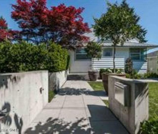 992 16th Street, West Vancouver